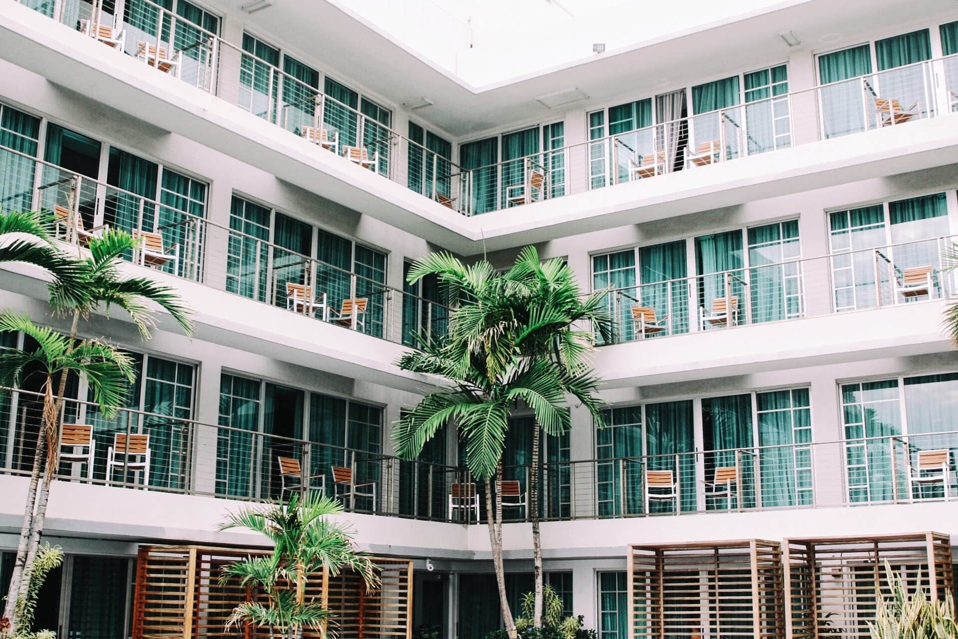 The Top Benefits of Hospitality Wi-Fi Solutions